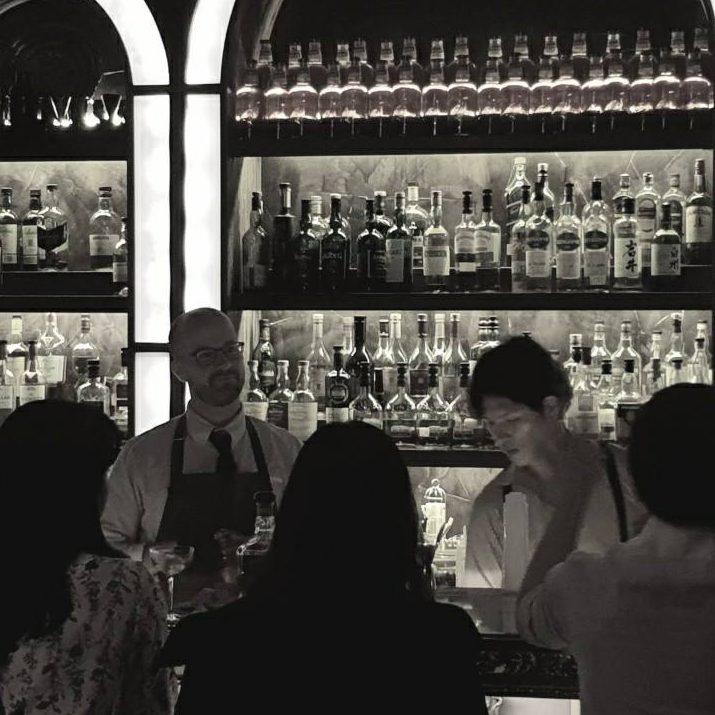 Bars in Seoul