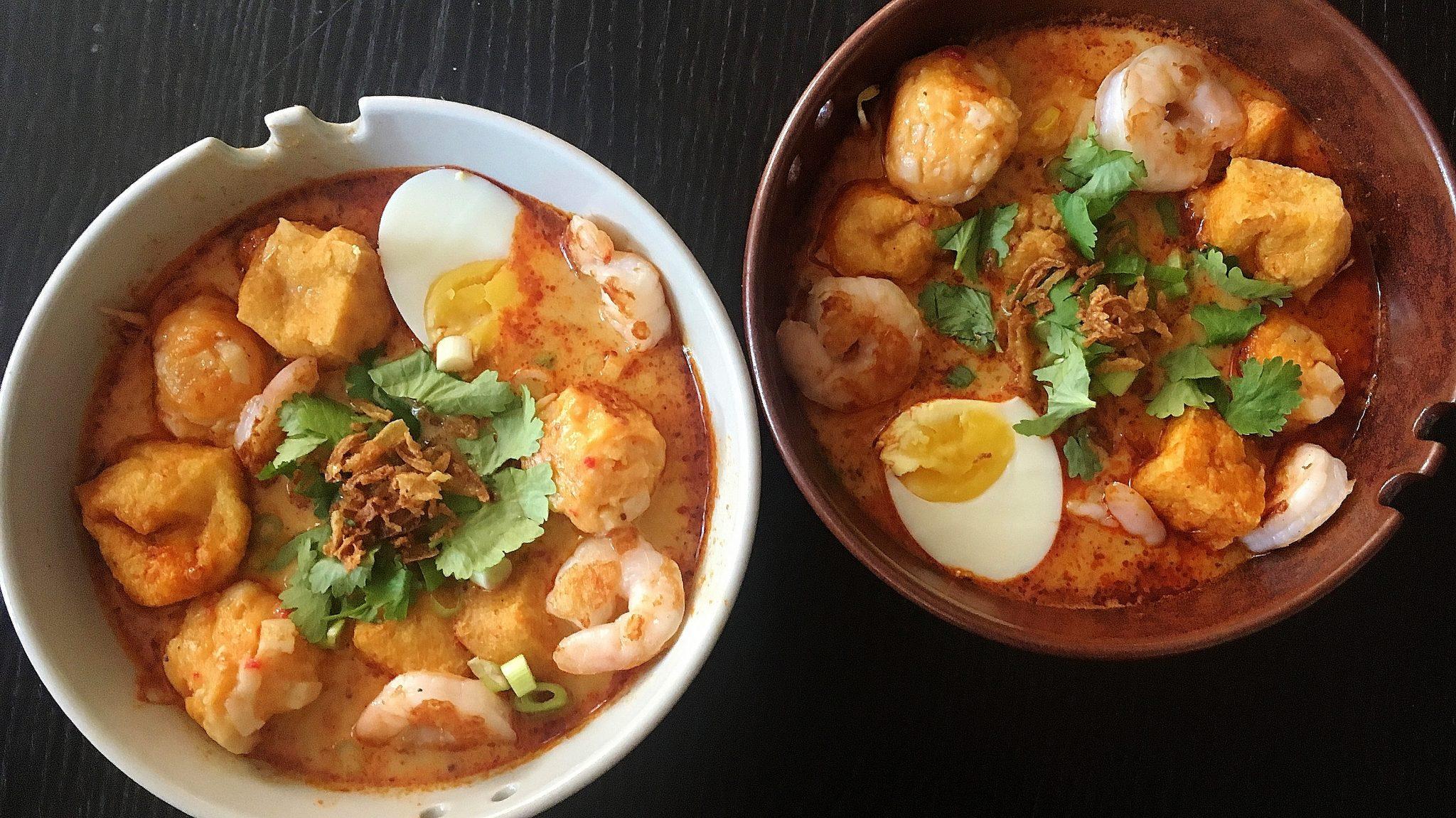Snel uit Singapore: curry laksa met garnalen