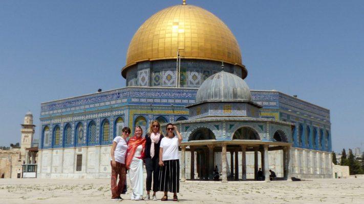 Dwalen door Jeruzalem: Guns N' Moses & de Pretzelman