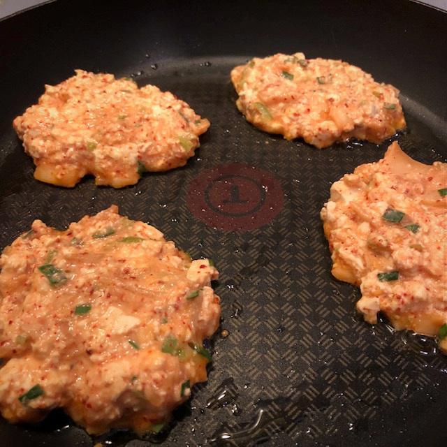 pannenkoeken met kimchi en tofu